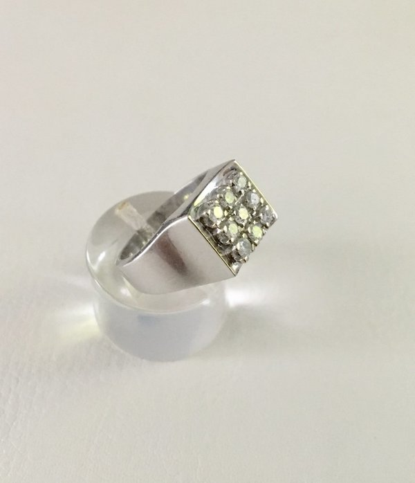 bague joaillerie chevalière or blanc 18 carats, or 750, diamants 0,45 ct, occasion